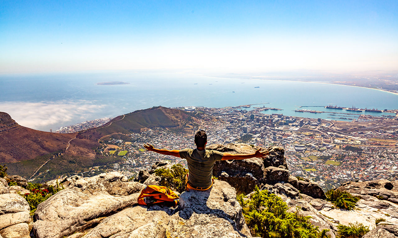 hike-to-table-mountain