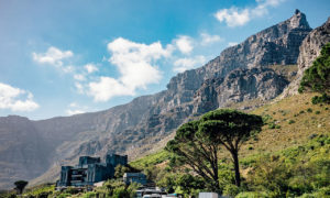 why table mountain is flat